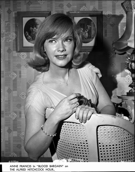 The Alfred Hitchcock Hour - S2 - Vol 1 - Anne Francis dans Blood Bargain